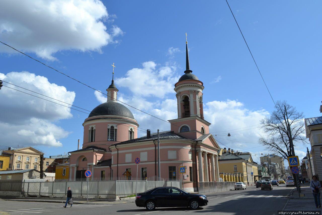 Церковь иконы Богоматери Иверская на Ордынке в Москве