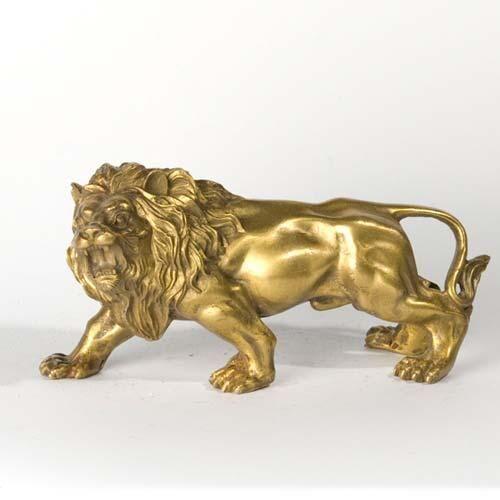 Золотая фигурка Льва