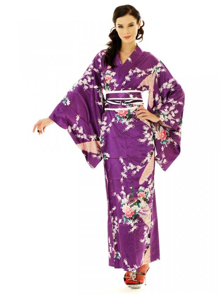 Фиолетовый цвет одежды