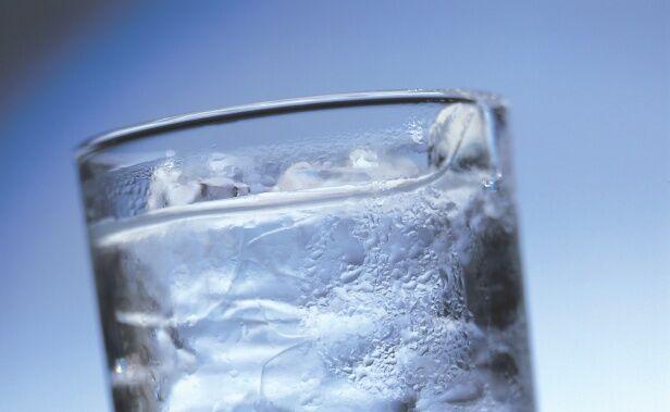 Гадание по замерзшей воде