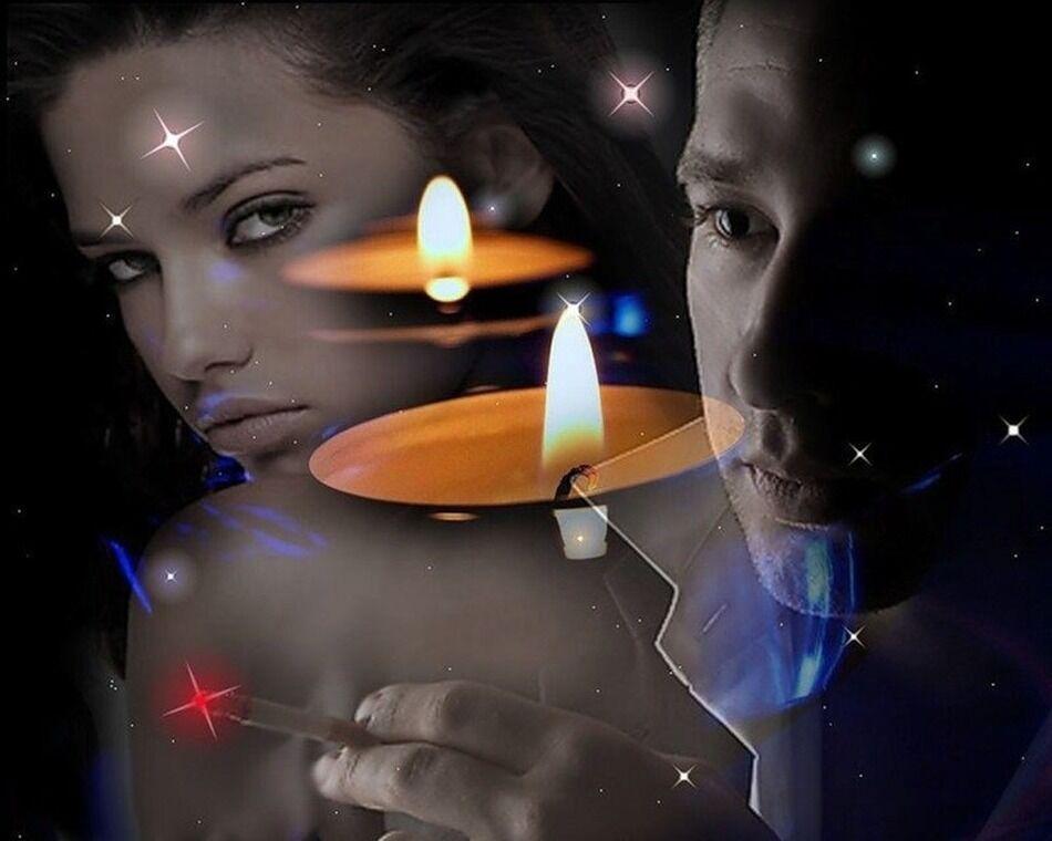 Молодая пара при свечах