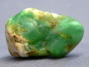 Камень оникс зеленый