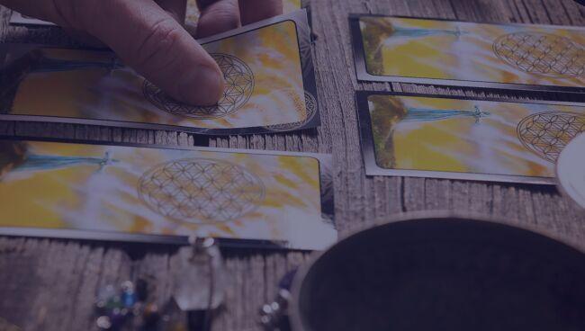 научиться гадать на картах таро для начинающих