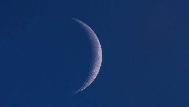 Как проводить ритуал заклинания на растущую луну